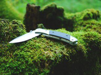 Das Survivalkit sollte ein Taschenmesser beinhalten