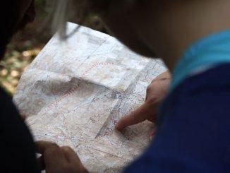 Auf längeren Wanderungen ist gutes Kartenmaterial unverzichtbar