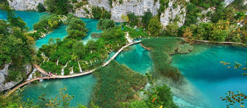 Wanderung durch den Nationalpark Plivicer Seen: Traumhafte Kulisse in Kroatien